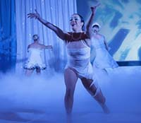 photo of contemporary dancers