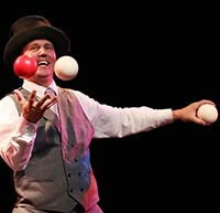 photo of juggler for events